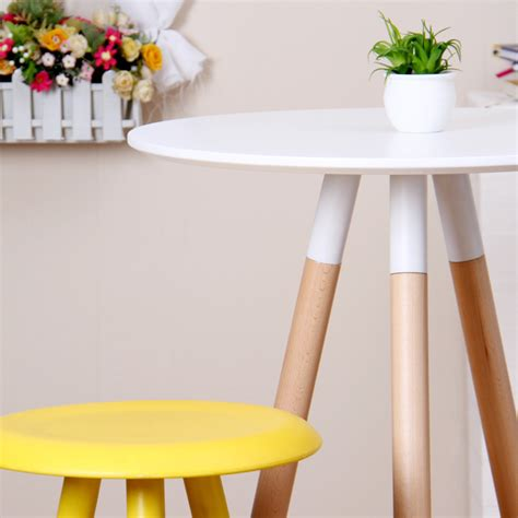 Tall Bar Tables: A Space Saving Dining Furniture for Small