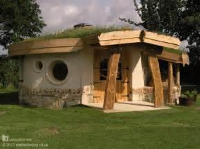 cob houses futures forum a cob cottage for 163 150
