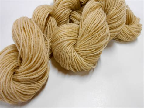 2 ply knitting wool vintage 2 ply yarn acrylic yarn from heirloom yarns 3