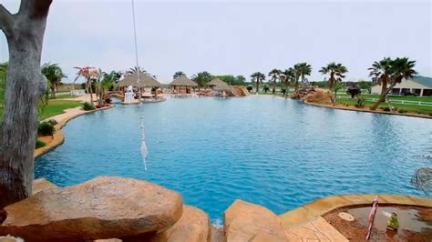 Garden City Pool Hours by 10 Largest Swimming Pools In The World