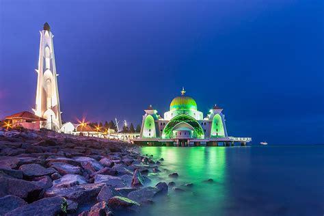 melaka straits mosque wikipedia