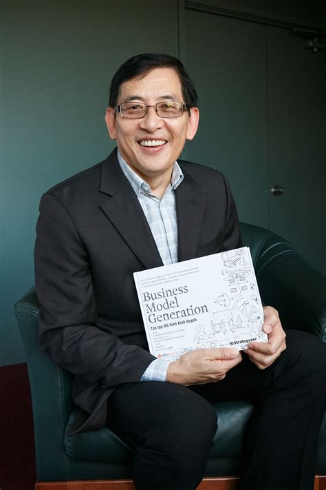 Of Hawaii Executive Mba by Uh Alumni And Students Collaborate With Publishers To