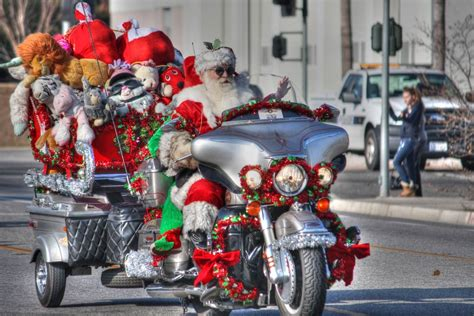 five great holiday gifts for adventure motorcycle riders