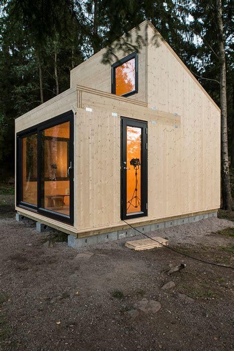 micro cabins tiny house town woody15 a 183 sq ft norwegian cabin
