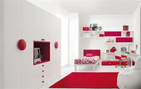 kids red bedroom tips to decorate your kids rooms bedroom decorating ideas