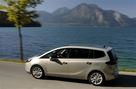 opel zafira review opel zafira tourer review carzone new car review