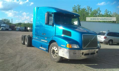 used volvo semi for sale 100 used volvo semi trucks used 2010 volvo vnl