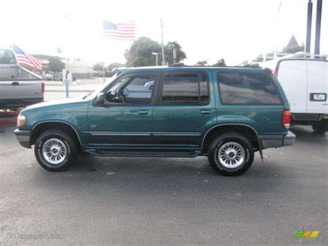Ford Explorer 1998 by 1998 Ford Explorer Specifications