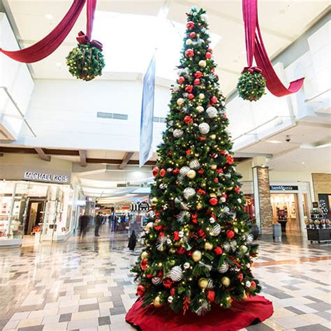 shopping mall christmas decorations christmas mall d 233 cor