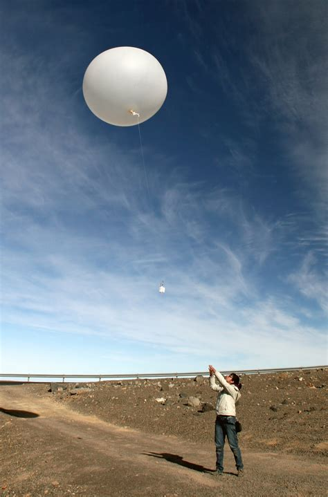 weather balloons  paranal  support   elt eso