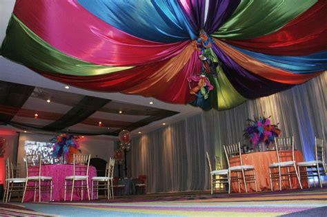decorar mesa con telas decoracion con telas para fiestas 161 una gran opcion