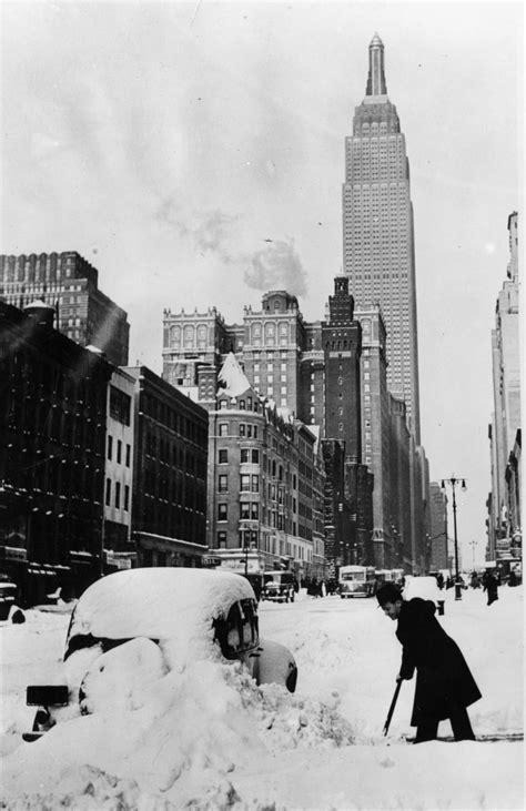 worst snowstorms in history winter 1930 photos worst snowstorms in new york city history ny daily news