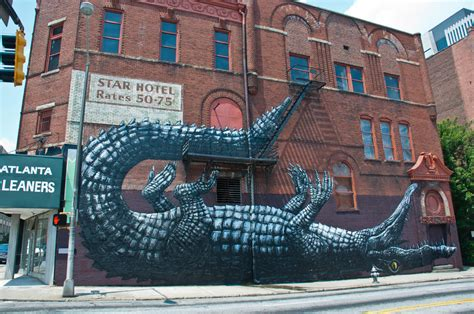roa alligator  mural  atlanta  living walls