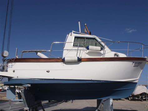 barca cabinato usato sciallino s20 cabinato in tarragona llauts a motore