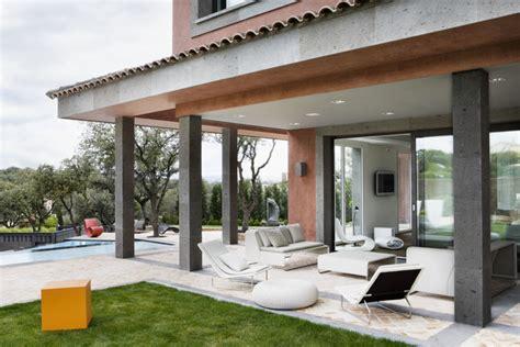 modern mediterranean home on the modern mediterranean house