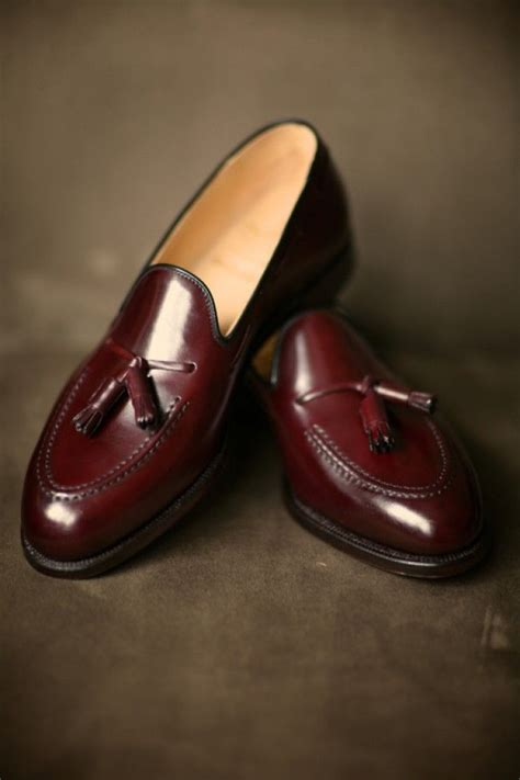 mens burgundy loafers tassel loafers burgundy maroon leather shiny s