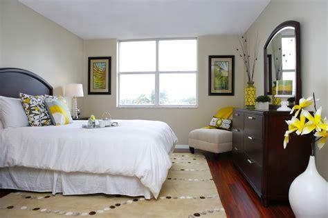 home staging bedroom home staging captiva design