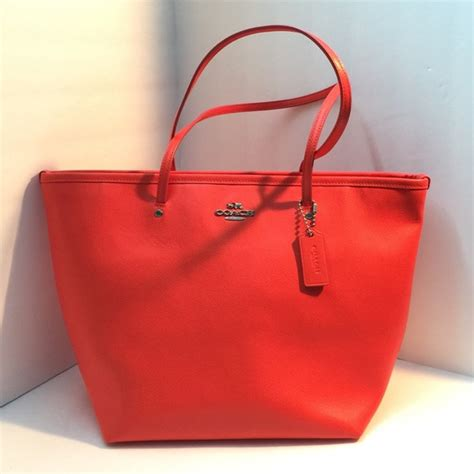 Coach Tote Bag 9 60 coach handbags today only new coach coral tote bag from ᎻᎪᏁᎥᎬ ᏠᏌᏁᎥᎬ s closet