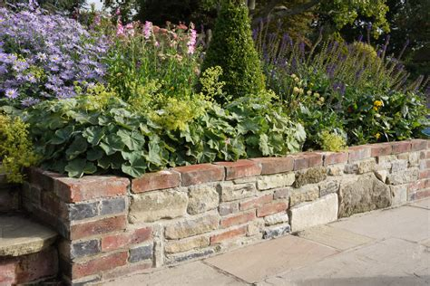 wall with retaining walls whyteleafe paving