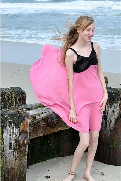 Dres Windi blown dress windy skirts windy skirts