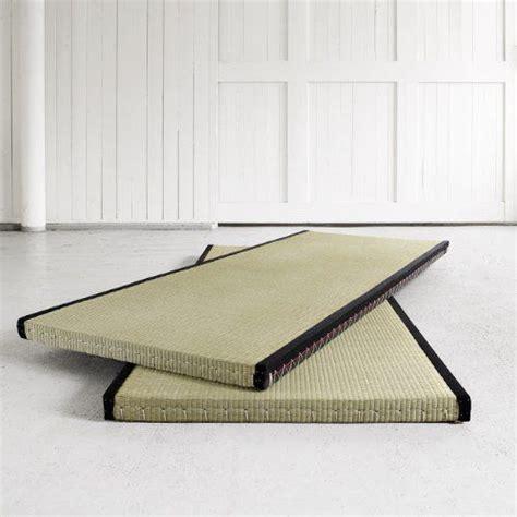 futon und tatami best 25 japanese futon ideas on tatami bed