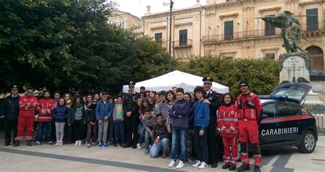 ufficio scolastico provinciale di siracusa noto cagna di sensibilizzazione dei carabinieri nelle