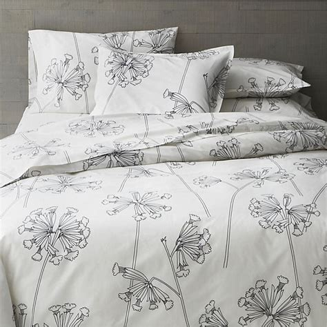 black and white floral bedding beautiful floral patterns and trends for 2013