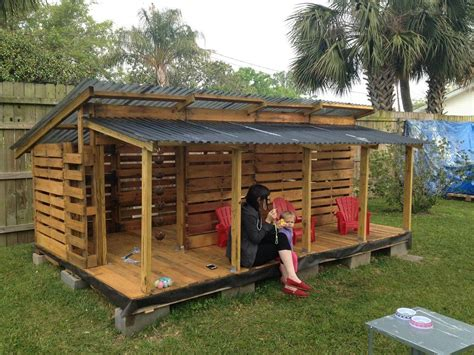 building a cubby house plans best 25 pallet playhouse ideas on pinterest dog house