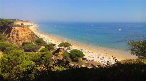 Weather Algarve in August: Temperature & Climate