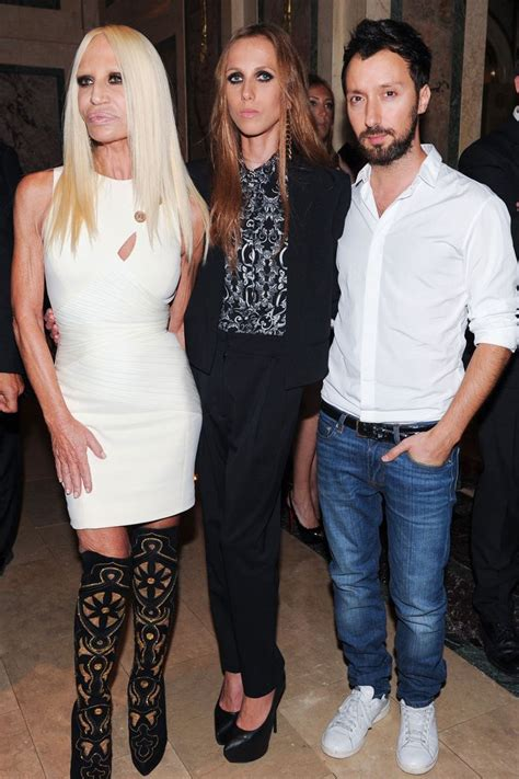 Dontella Versace Allegra Consumed By Anorexia by Best 25 Allegra Versace Ideas On Donatella