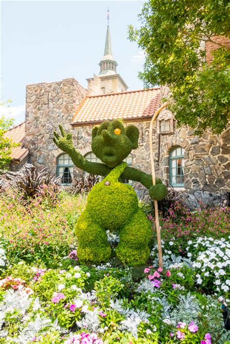 epcot flower and garden festival food epcot international flower and garden festival 2017