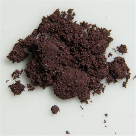 what color is phosphorus phosphorus