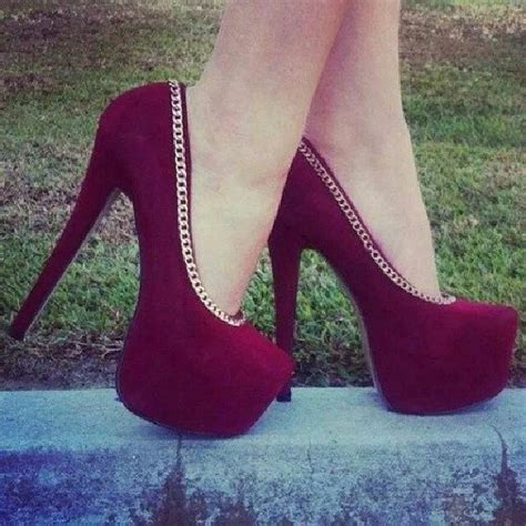 maroon color heels 17 best images about crusadercolors maroon gold on