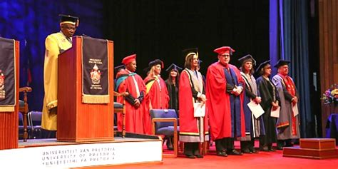 Gibs Mba Vs Wits Mba by Mba Co Za Mba Students Honoured At Gibs Ceremony