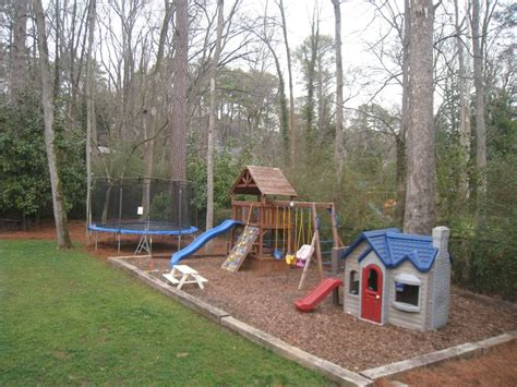 Play Area For In Backyard by 25 Best Ideas About Backyard Play Areas On
