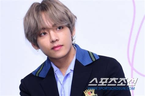 kim taehyung clothes kim taehyung will release its clothing line next year