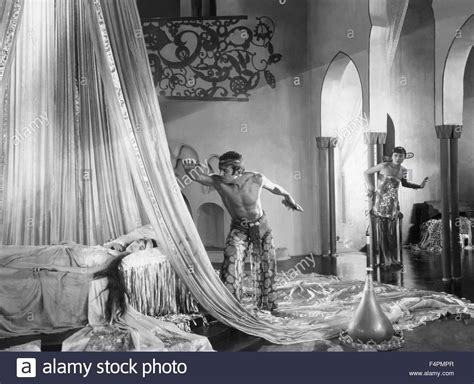 The Thief Of Bagdad douglas fairbanks and julanne johnston the thief of
