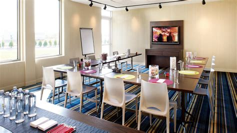 Meeting Rooms In New Orleans by New Orleans Meeting Space Aloft New Orleans Downtown