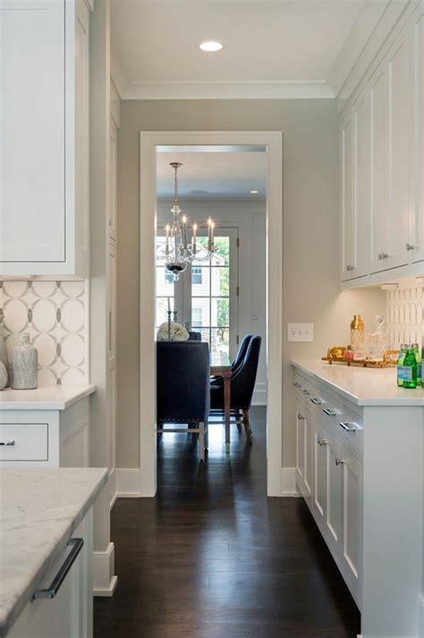 gray cabinets what color walls interior design ideas home bunch interior design ideas