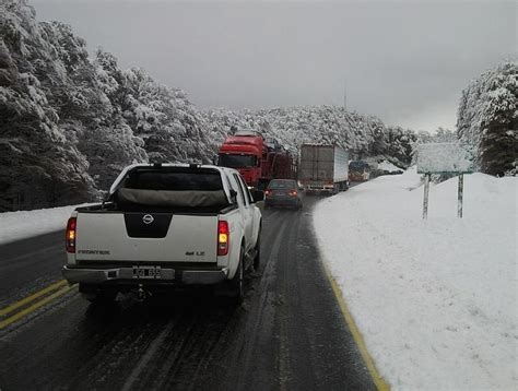 arriendo cadenas para nieve temuco cae primera nevada en la frontera y obliga a conductores a
