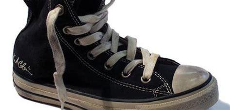 Kurt Cobains Converse Shoe Line by Converse Launch Kurt Cobain Trainers Radio X