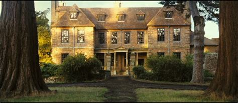pride and prejudice mansion pride and prejudice 2005 pride and prejudice image 569341 fanpop