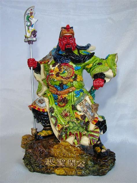 Fengshui Jendral Kwan Kong Guan Yu Kuan Kung Naik Kuda Kebijaksanaan standing guan gong statue holding qing dao