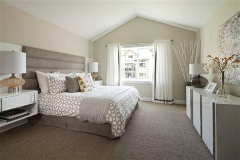 calm elegant bedroom design brucechionrealestate 10 calm and elegant gray and beige bedroom decorations ideas
