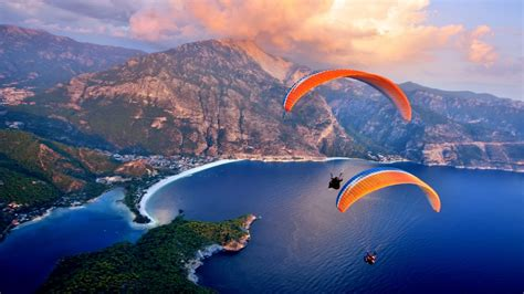 paragliding solar yachting