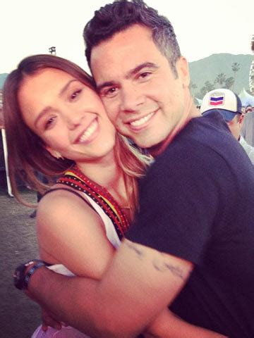 CUTE! Jessica Alba celebrates 5th wedding anniversary