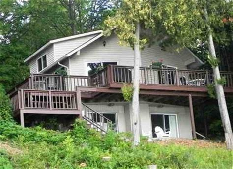 michigan waterfront cottages for sale 795 nw torch lake dr kewadin michigan 49648 495 000 4