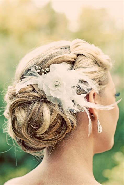 flower design in hair flower design hair comb for wedding brides bridesmaids