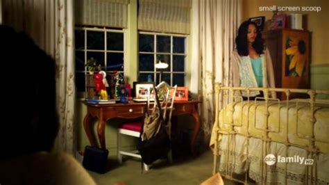 emily fields bedroom pretty little liars how to make your room look
