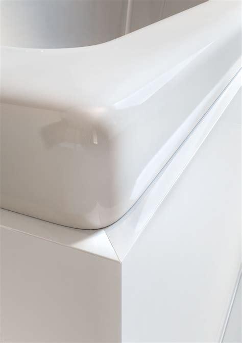 baignoire d angle balnéo pas cher 1153 incroyable tablier de baignoire universel renaa conception
